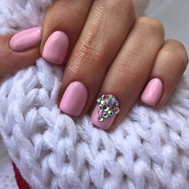 Pink-Nails-with-Gem-Accent-Nail